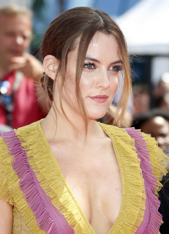 """Riley Keough, wnuczka Elvisa i córka Lisy Marie Presley przyjechała do Cannes jako gwiazda kolejnej głośnej produkcji – filmu """"American Honey"""""""