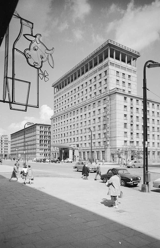 Grand Hotel (z kolekcji Pawła Stali)