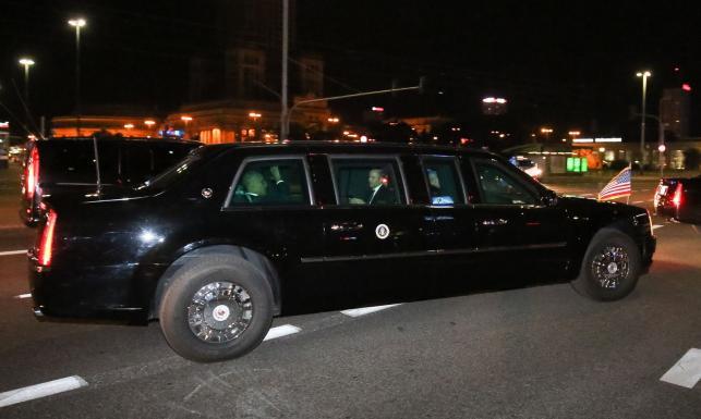 Obama w Warszawie. Samochód prezydenta USA kryje na pokładzie bank krwi i wytrzyma uderzenie meteorytu