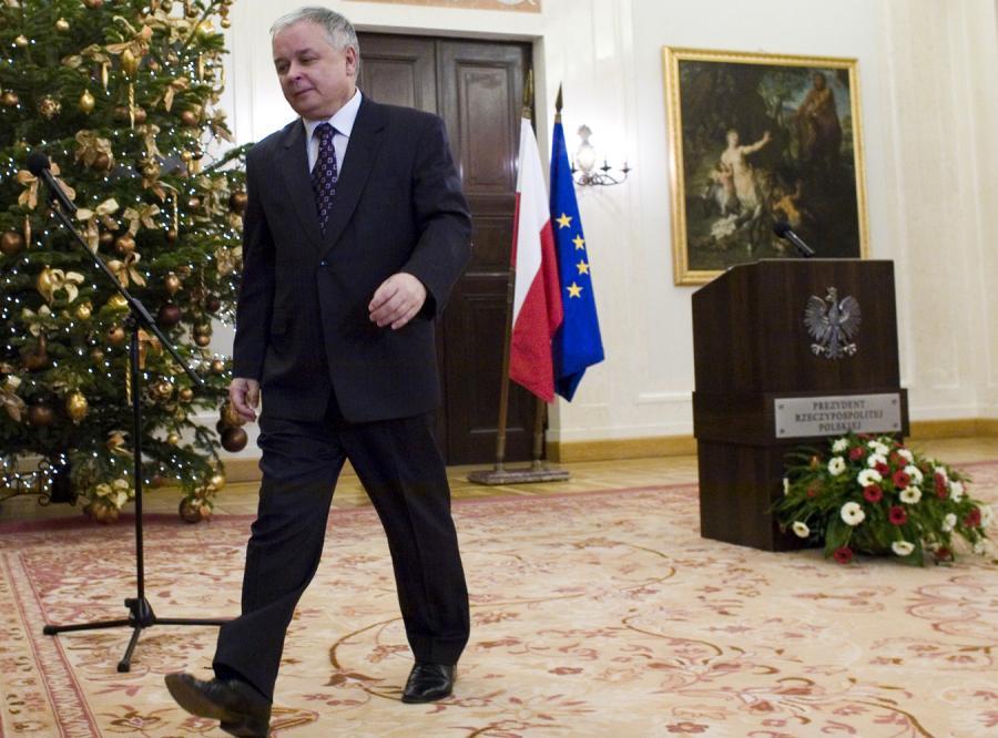 Polacy nie ufają prezydentowi i premierowi