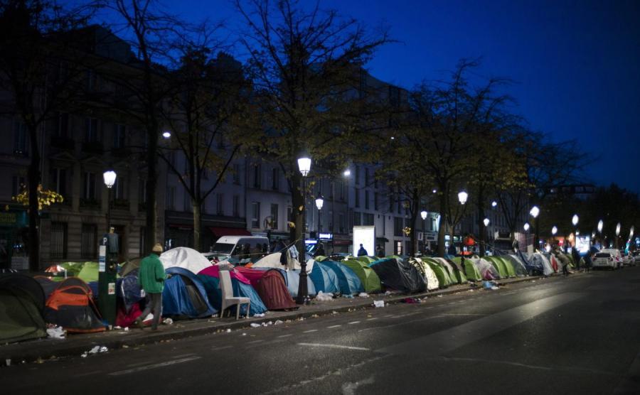 Namioty imigrantów w Paryżu