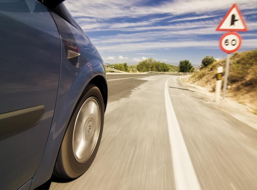 Rząd będzie testował znaki na kierowcach