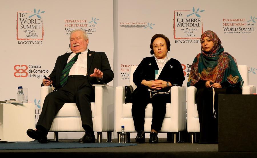 Lech Wałęsa podczas XVI Światowego Szczytu Laureatów Pokojowej Nagrody Nobla w Bogocie
